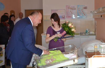 V Nemocnici Prostějov se v loňském roce narodilo 859 dětí