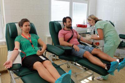 Zaměstnanci skupiny AGEL pomohli rozšířit řady dárců krve