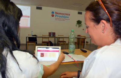 Nemocnice Prostějov zajistí lepší komunikaci s neslyšícími