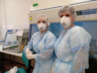 Laboratoř Nemocnice Prostějov zdvojnásobila vyšetřovací kapacitu pro testování nového typu koronaviru