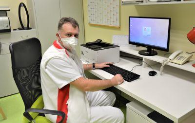 Rehabilitace Nemocnice AGEL Prostějov provádí postcovidovým  pacientům individuální léčbu
